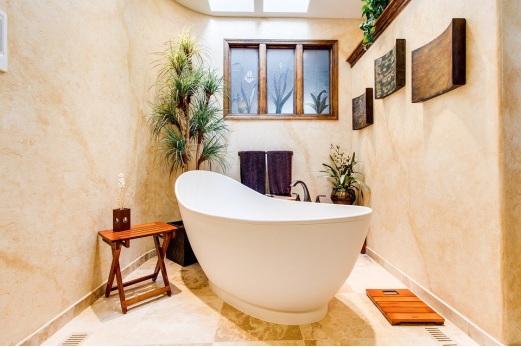 A freshly reglazed bathtub in Manhattan