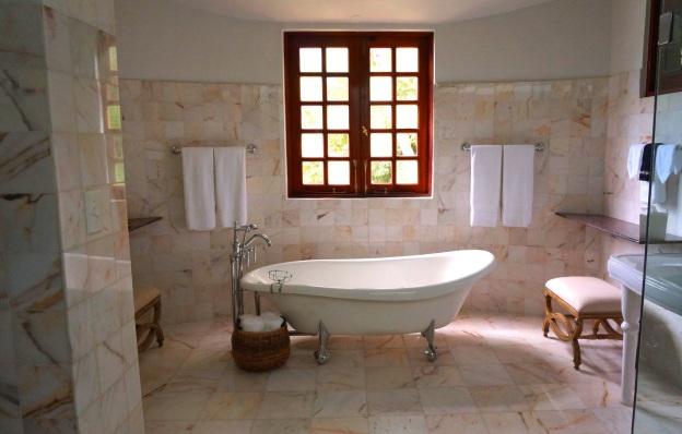 bathtub reglazing