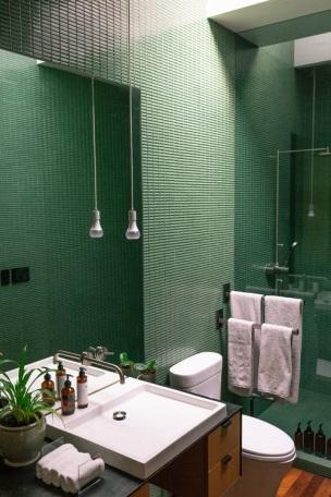 A gorgeous green bathroom