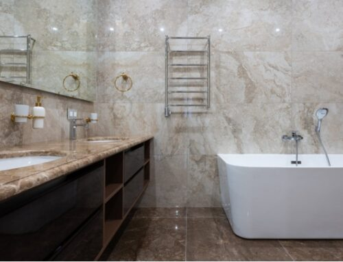 5 Things You Should Never Keep in Your Bathroom
