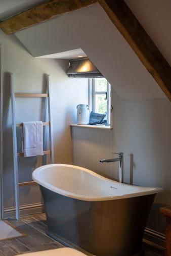 A multi-color bathtub