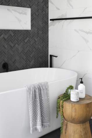 A white bathtub